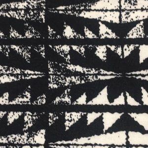 LuLaRoe Tops - NWT LuLaRoe 3XL Irma Tunic Aztec